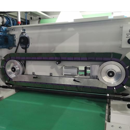 磨料盒刷带研磨工位